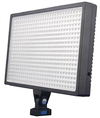 LED-540A Professional 32W 3500lm 3200~5500K Video Light
